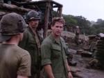 Скачать фильм Командир взвода / Platoon Leader [1988]